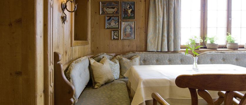 austria_arlberg-ski-area_lech_Hotel-Berghof_arlberg_dining2.jpg